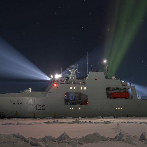 HMCS Harry Dewolf in ice trials