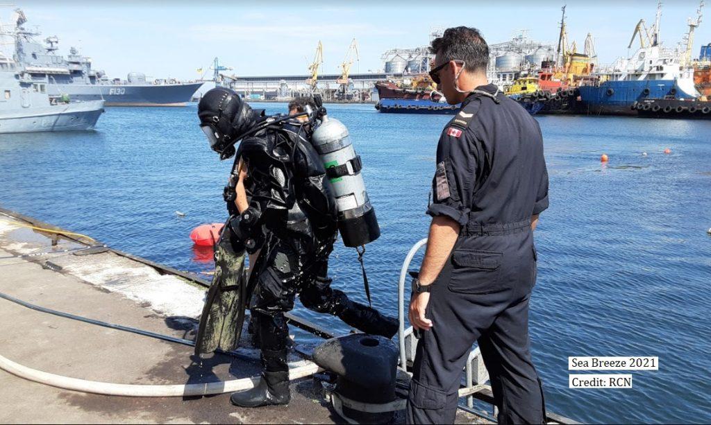 SB21 RCN divers