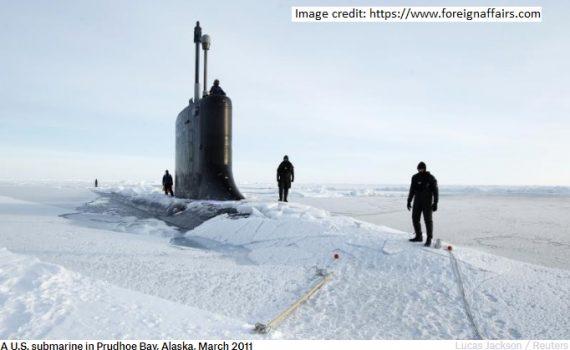 USN sub in Arctic 2011